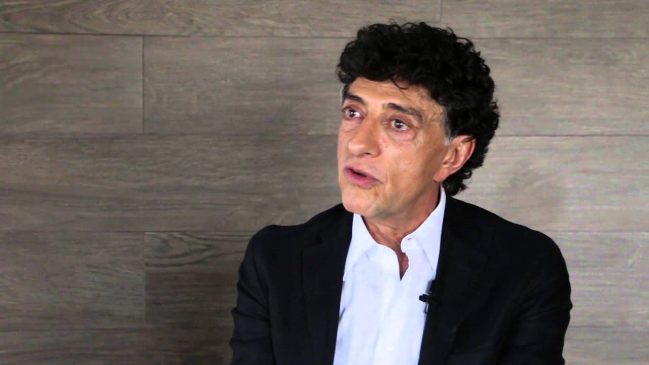 Entrevista con el Dr. Elías Micha Zaga. - YouTube