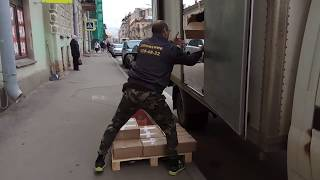 видео Квартирный переезд Жуковский с грузчиками