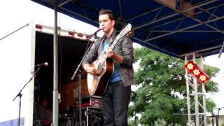 Andy Grammar covers Chasing Cars at Spring Fling 2011 Downtown Spartanburg