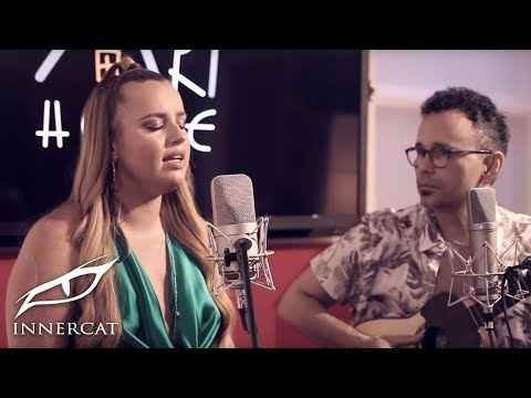 Daniela Brooker - Mariposas ft. Jorge Luis Chacín (Live from the Art House)