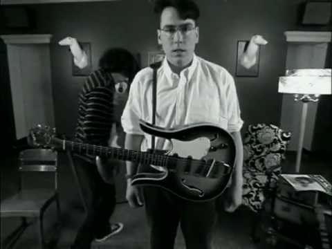 They Might Be Giants-The Guitar (The Lion Sleeps Tonight)