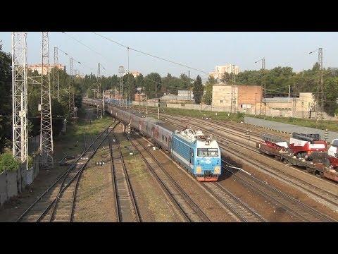 Электровоз ЭП1М-684 с поездом №198 Иркутск — Кисловодск