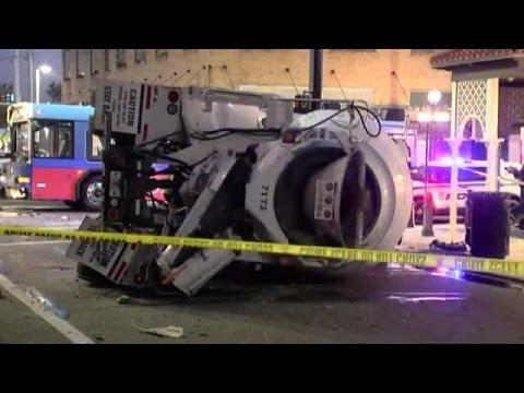 9 injured when cement truck, HART bus crash in Ybor City