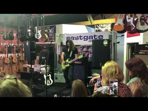 Phil X clinic @ Eastgate Music