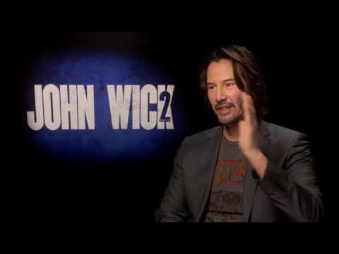Keanu Reeves has sleepovers at Laurence Fishburne