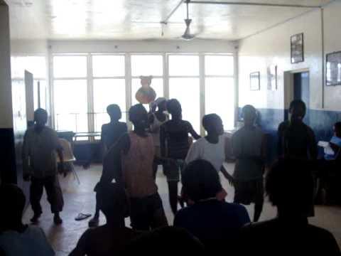 accra streetchildren dance