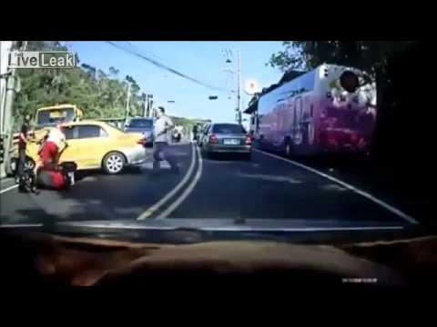 Crazy Taxi Driver Running People Over!