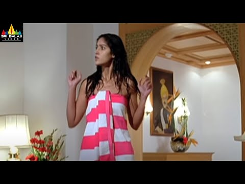 Aata Movie Scenes  Siddharth and Ileana in Hotel Room  Sri Balaji