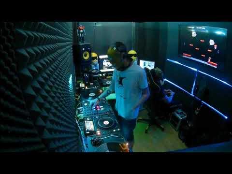 081 // The YellowHeads Studio Mix // 081