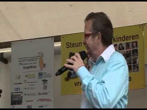 Dj Hansie 5e editie oa vrienden voor Sofia VTV De Zuiderhof 13-06-11 deel 02-36divx