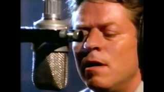 Watch Robert Palmer Love Me Or Leave Me video