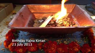 Radhe Radhe Govinda - Mystical Sweet Fire Kirtan (Mantra of Eternal Love)