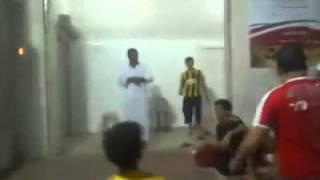 واحد مصرى بيلعب مع سعوديين ويمنين هتموت من الضحك