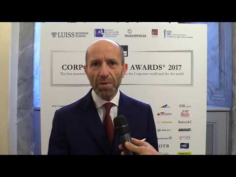 Luca Napolitano, Head of Brand EMEA, all'evento corporate Art Awards 2017