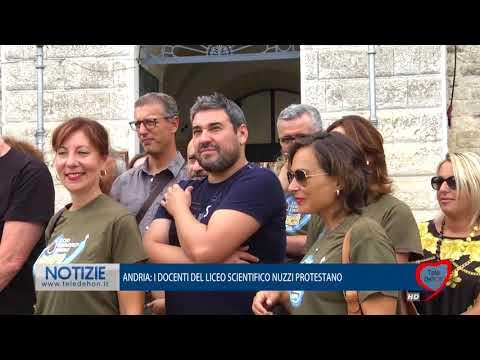 ANDRIA: I DOCENTI DEL LICEO SCIENTIFICO NUZZI PROTESTANO
