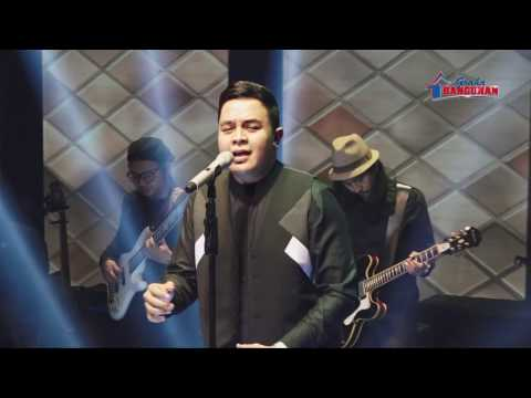 TULUS MANUSIA KUAT live at Graha Bangunan Supplier Gathering