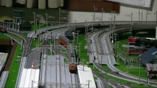 近鉄南大阪線 特急16000系 並走するのは国鉄阪和線
