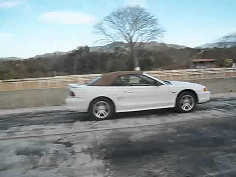 Mustang GT 1998 Caballo Blanco VS Mustang GT 2003