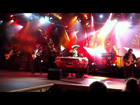 Paul Revere and the Raiders -