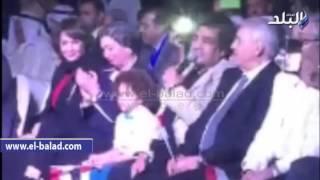 بالفيديو والصور.. «عدوية» ونجله يشعلان مونديال القاهرة بأغنية «يا بنت السلطان»