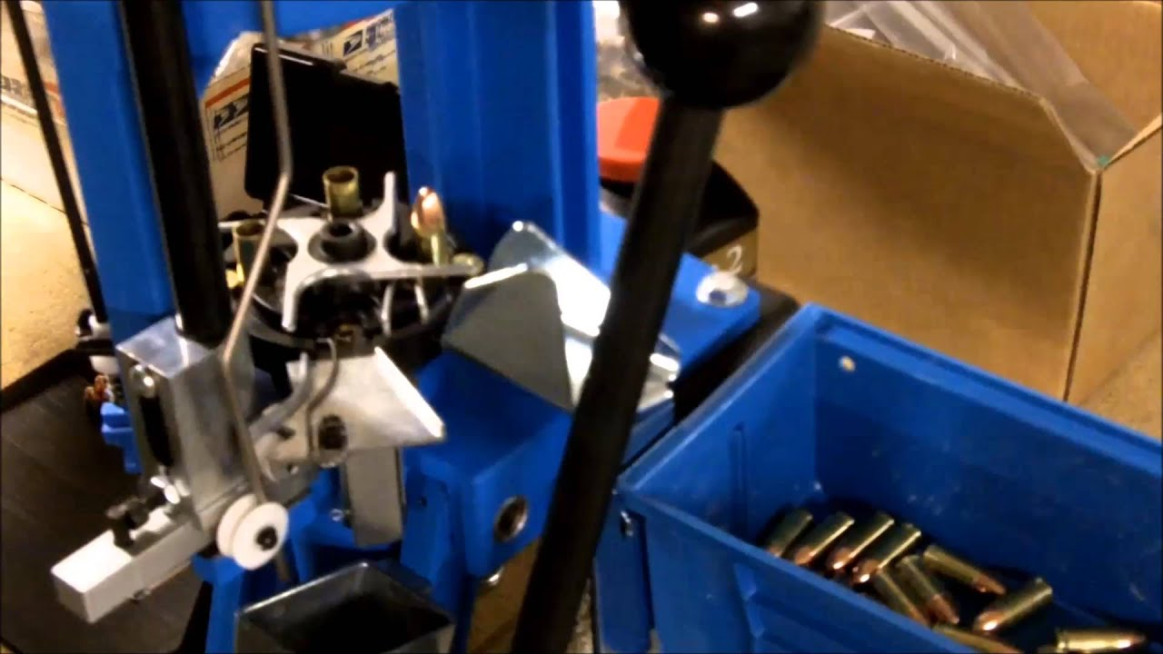 Reloading 9mm with the Dillon 550B Press - YouTube