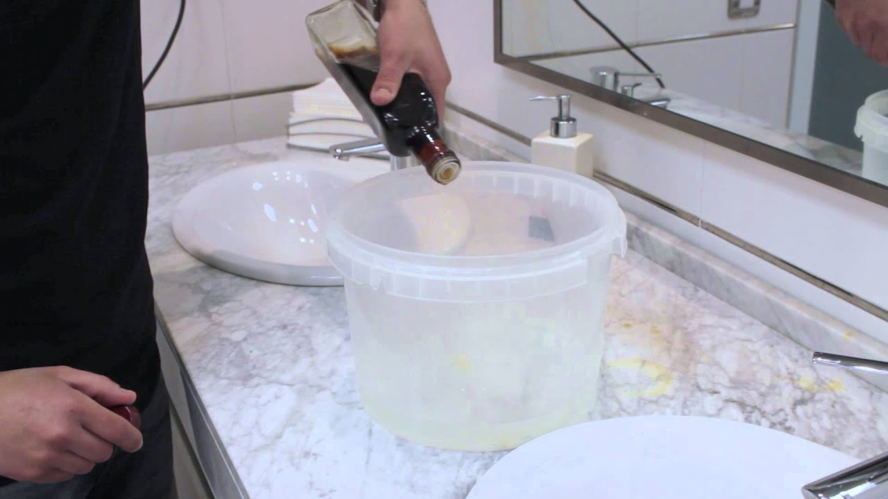 Limpiar la cal del cabezal de la ducha trucos de toolit - Limpiar tuberias de cal ...