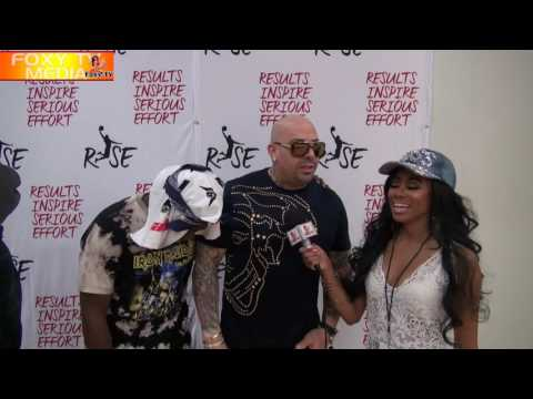 MALLY MALL COACHES THE CELEBRITY BASKETBALL GAME AT EAST VALLEY SENIOR HIGH SCHOOL | FOXY TV |