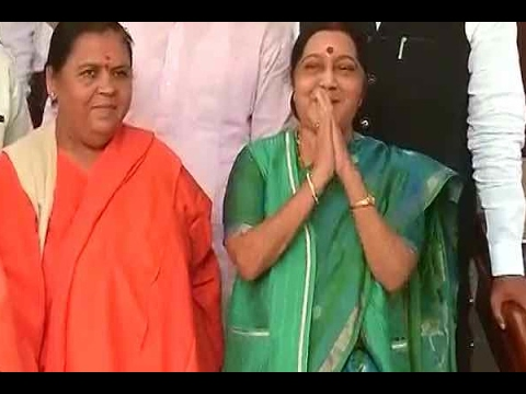 LS members welcome Sushma Swaraj, as she appears for first time after kidney transplant su
