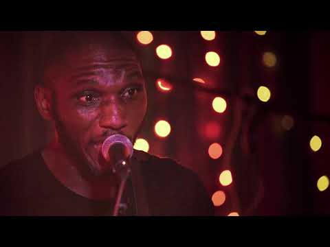 "Cedric Burnside- ""We Made It"" (OFFICIAL VIDEO)"