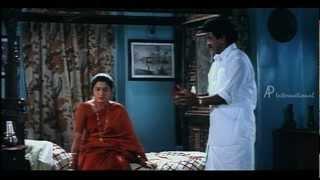 En Purusan Kuzhandai Madiri - Devayani tries to convince Livingston