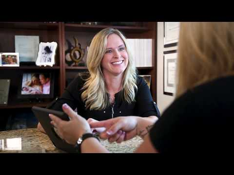 Lindsay Fine Shares Why She Chose Ellsworth Plastic Surgery for Her Mommy Makeover