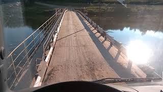 40 тонн против 8 тонн лесовоз по мосту!