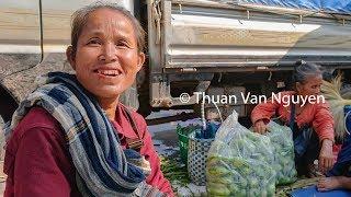 Laos    Savanxay Market    Savannakhet Province