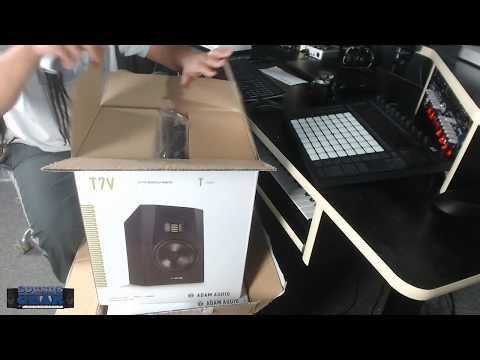 SoundsAndGear Live - Unboxing the new Adam Audio T7V Studio Monitors