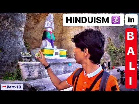 HINDUISM IN BALI INDONESIA | Uluwatu temple & Pandava beach