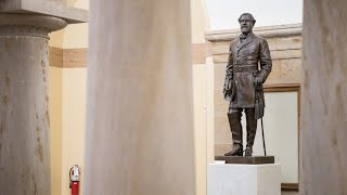 Subcommittee approves bill that would remove Capitol's Confederate statues