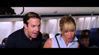 Airplane Scene - We're the Millers Clip - 2014 Comedy Movie HD