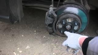 замена тормозных дисков на Kia Rio  Часть 1