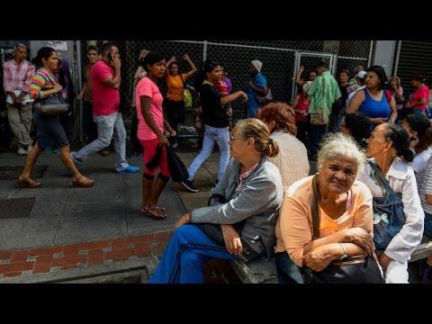Венесуэльцам не хватает хлеба (новости)
