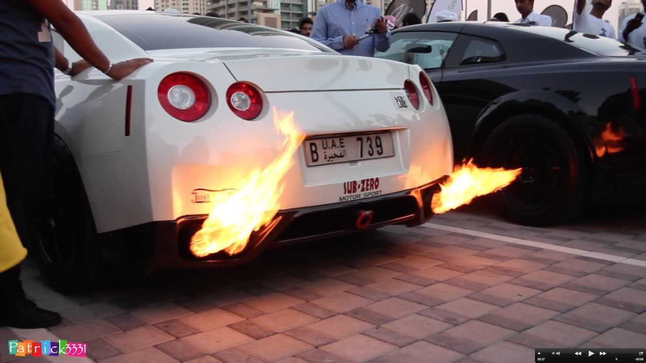 SICKEST Fire Shooting Nissan GT Ru0027s You Have Ever Seen At Gulf Car Festival  2014   YouTube