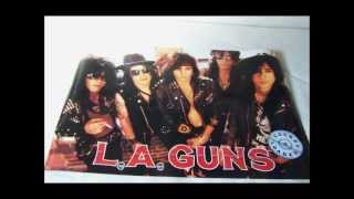 LA Guns ; I am the Walrus.wmv