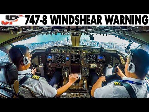 COCKPIT BOEING 747-8 Windshear Warning at Chicago O'Hare
