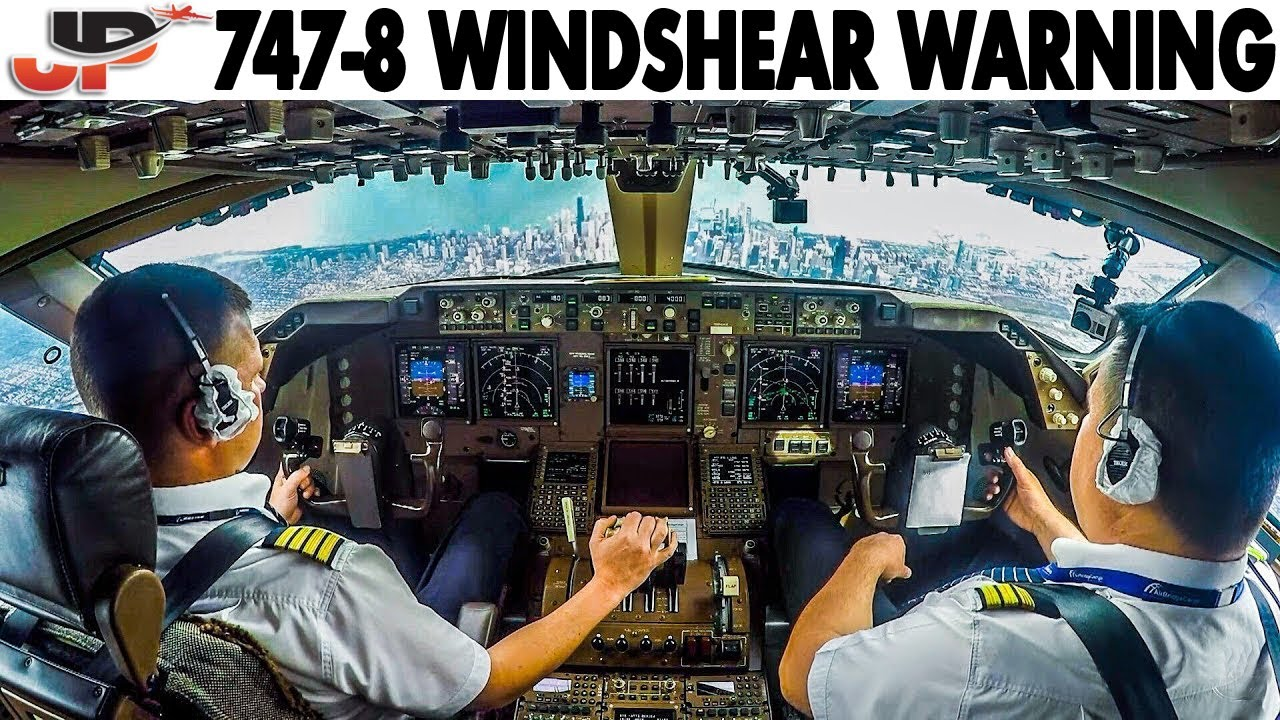 COCKPIT BOEING 747-8 Windshear Warning at Chicago O'Hare