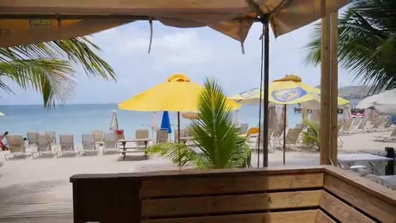 Inside Reggae Beach Bar St Kitts