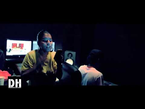MelyMel Cantando Acapella Junto a DJ Sammy