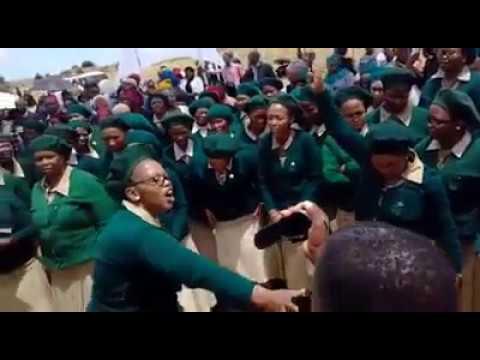 ZCC Female Choir goes all Wacha Mkhukhu Wachumlilo - Shango