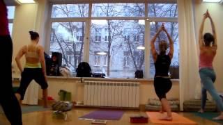 Занятие Дмитрия Демина на курсе по обучению преподавателей хатха-йоги