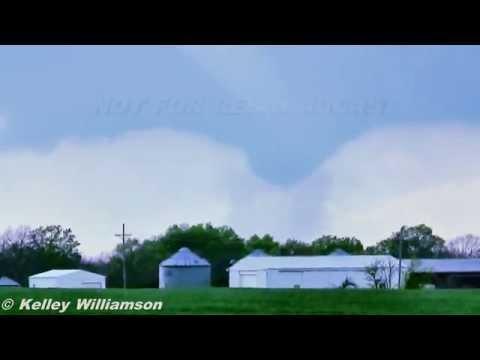 4 27 14 Tornado Near Fort Scott Kansas