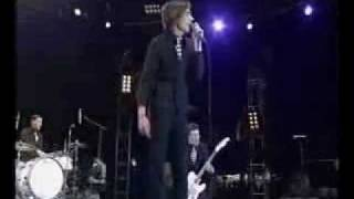 The hives Supply and demand LIVE 2003