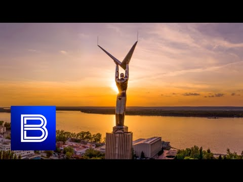 Vesti Special Report - Samara's Jigsaw Economy, Cars and Space Tech Drive Growth in Region!